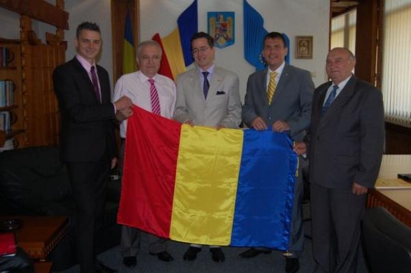 Colaborare intre Consiliul Judeţean şi Compania aeriană Lufthansa pentru curse directe spre Germania