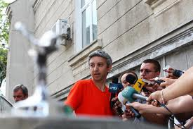 Statul a încheiat socotelile cu un Dan Diaconescu susţinut de un scriitor de romane poliţiste