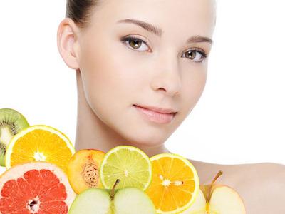 TRUCURI la îndemână pentru a menţine aspectul sănătos al pielii pe timp de toamnă