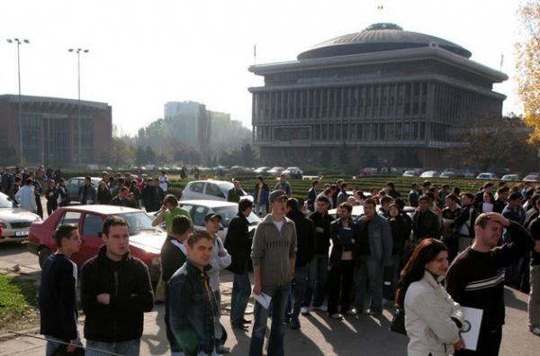 Studenţii ies în stradă, miercuri, în Bucureşti şi în centrele universitare din ţară