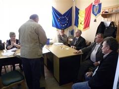 Zeci de persoane au stat de vorbă cu Prefectul la Pir şi Săuca