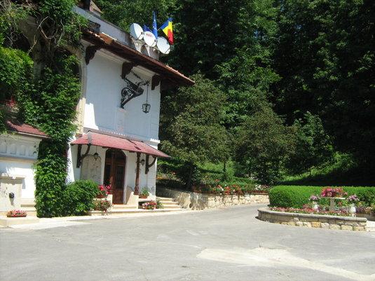 Mândru că sunt român: Vila Florica, locul de naştere al Brătienilor