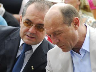 Boc şi-a făcut buget paralel de o jumătate de miliard de euro
