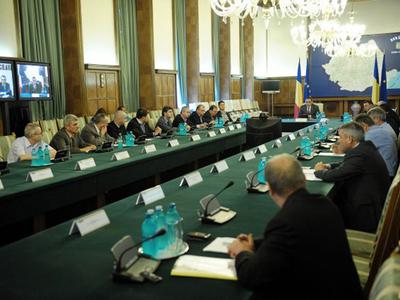 Antonescu: Hellvig, Silaghi şi Haşotti nu sunt propuşi pentru noul Guvern. Vor activa în Parlament