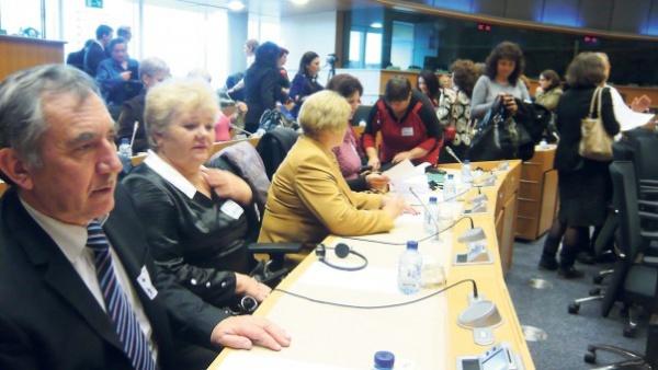 Strigătul şcolilor româneşti din Transnistria, auzit şi la Bruxelles