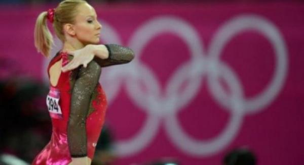 Doi români, între cei mai buni 10 sportivi din Balcani în 2012