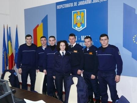 Jandarmi-studenţi  în practică la Jandarmeria Satu Mare