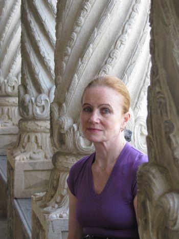 Artistul Zoe Vida Porumb,fiica sculptorului Gheza Vida