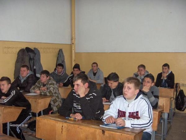 """Seminarii la Liceul Tehnologic """"Simion  Bărnuţiu"""""""