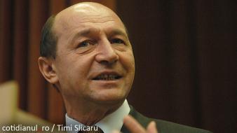La Academia Română, Traian Băsescu s-a comportat ca un marinar într-o tavernă din port