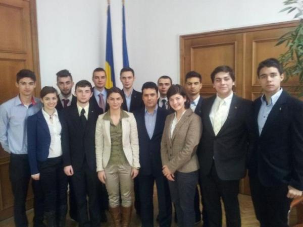 CJ al elevilor sărbătoreşte Ziua Europei