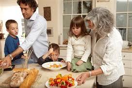 Cum trebuie să îţi hrăneşti copilul corect