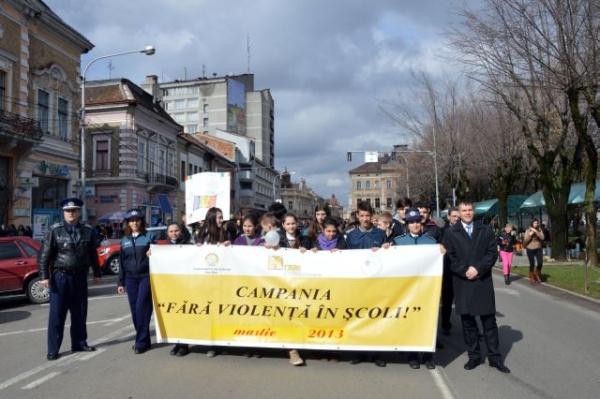 Marş împotriva violenţei