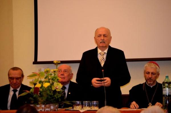 Suflet de careiean: Profesorul Ioan Chindriş la 75 de ani