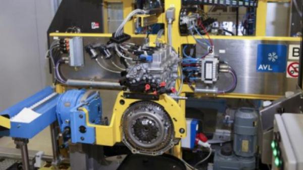 O maşină nemţească va avea motor de Dacie, făcut în România