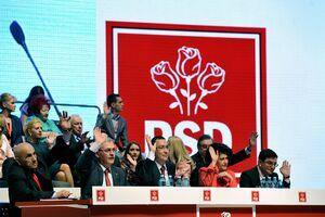 PSD a dat jos guvernul PSD. 241 contra 10