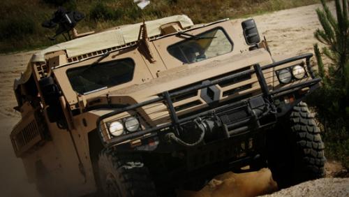 Renault vine să construiască vehicule militare in Romania