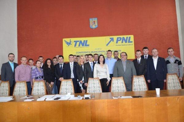 Robert Laszlo este noul preşedinte al Organizaţiei Municipale de Tineret PNL Satu Mare