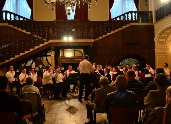 Concert inedit la Castel