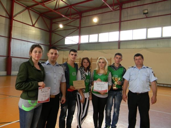 Voluntarii de la Liceul Tehnologic Simion Bărnuţiu câştigă  a treia poziţie