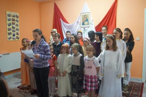 Final de an şcolar la Centru de zi patronat de surorile Congregaţiei Maicii Domnului