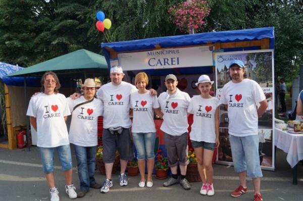 Primăriile sătmărene expun produse tradiţionale la Sărbătoarea Judeţului,manifestare unică în România
