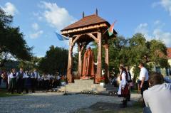 Noi incitări: nostalgicii imperiului austro-ungar scot statui de la naftalină
