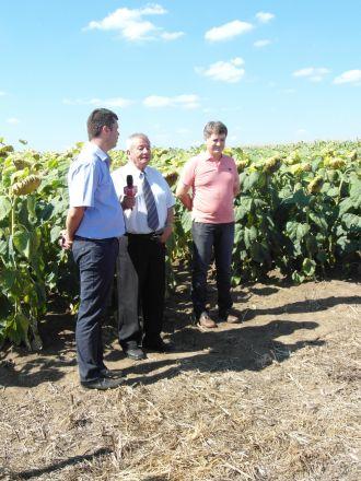 Întâlnirea fermierilor de la Petreşti