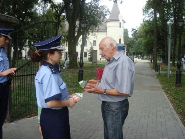 Acţiuni ale poliţiştilor pentru siguranţa cetăţenilor