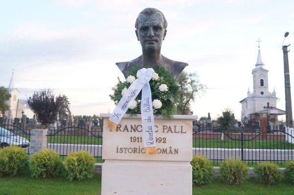 Calendar cultural al lunii septembrie. 22 de ani de la trecerea în nefiinţă a lui Francisc Pall şi 122 de ani de la naşterea lui Aurel Coza