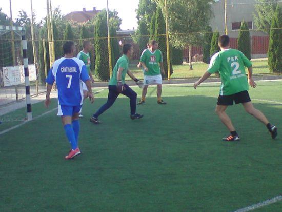 Minifotbal: etapa a VI-a