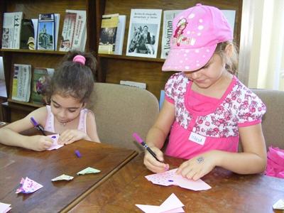 Peste 100 de copii au participat la atelierul de origami organizat de BJSM