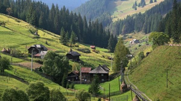 Maramureş, Zărneşti şi Munţii Apuseni, primele zone ce vor fi certificate ca destinaţii ecoturistice