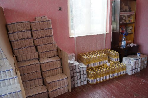 Primăria Carei primește 792 pachete cu alimente și produse de igienă pentru persoane defavorizate