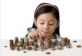 Peste 11.000 de copii de şcoală primară  fac cursuri de educaţie financiară