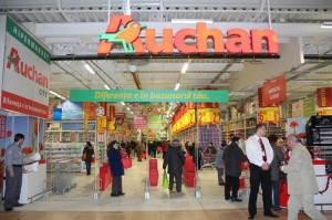 Auchan ia locul Real