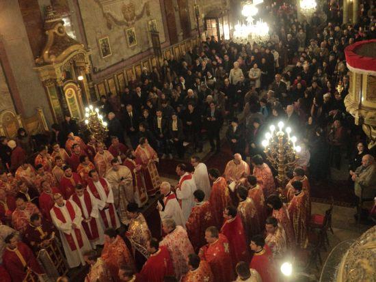 Încheierea Anului Credinţei în Eparhia de Oradea: Hirotonirea a şapte preoţi şi Sărbătoarea Asociaţiilor