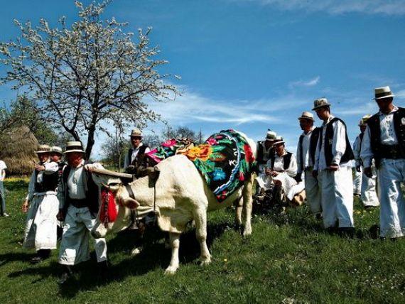 Lansare ghid turistic CELE MAI FRUMOASE SATE DIN ROMÂNIA