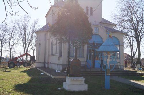 Voluntariat pentru biserica din Ianculeşti