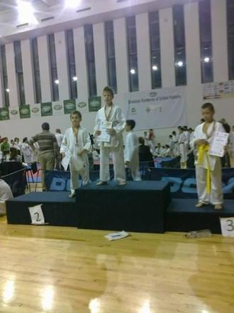 Karate:14 medalii pentru careieni