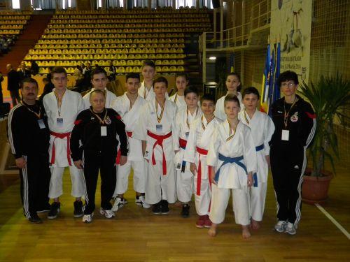 Primăria susţine participarea Clubului  de karate la competiţii