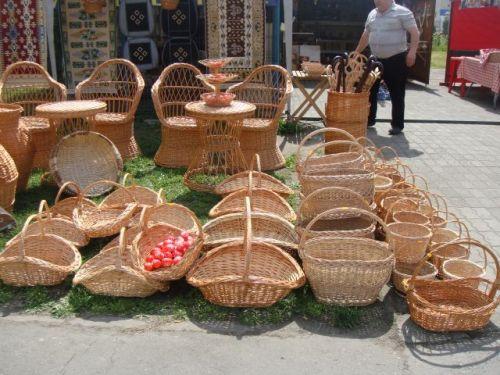 Ofertă de produse tradiţionale pascale în magazinele şi piaţa din Carei