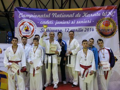 Şapte locuri I pentru CSM Satu Mare la Campionatul naţional de cadeţi, juniori şi seniori la karate