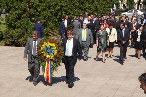 Oaspeţi de rang înalt la  sărbătorirea Zilei Independenţei României la Carei