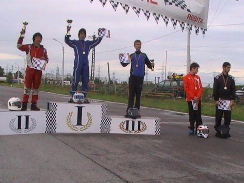 Karting:rezultate frumoase la prima etapă din Campionatul Naţional Şcolar
