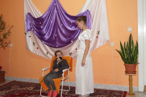 Final de an şcolar la Centrul de zi pentru copii şcolari patronat de Surorile Maicii Domnului din Carei