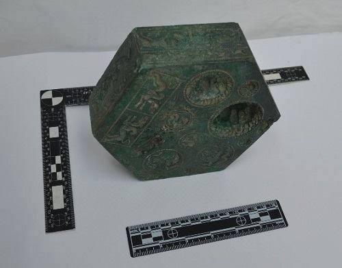 Matrița de bijuterii a dacilor, cea mai spectaculoasă descoperire arheologică din ultimii ani