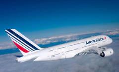 Avion Air France plin de români, întors din drum după o oră de zbor