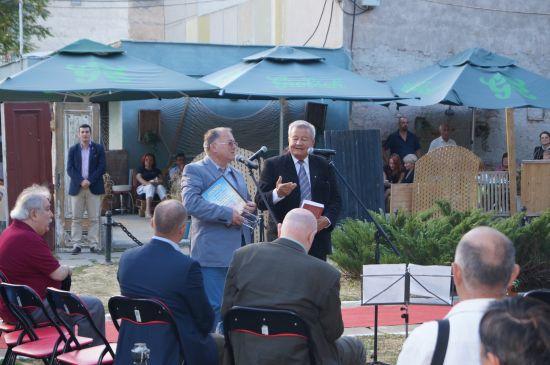 Lansarea cărţii ,,Turn desfrunzit'' a lui Felician Pop,un eveniment de înaltă ţinută