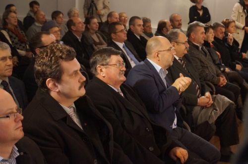 UDMR critică moţiunea liberalilor pentru votul din diaspora nereglementat